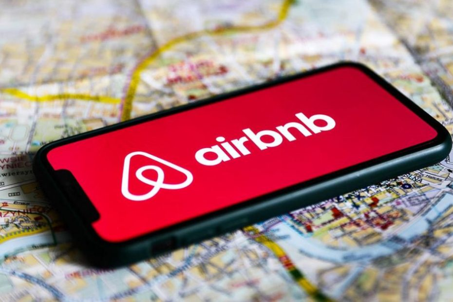 Airbnb announces temporary houses for 20,000 Afghan refugees