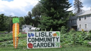 The Jewel of Lisle: A Garden Provides
