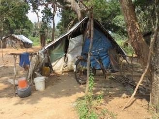 Mullikulam villagers living in temporary shelters - Malankaadu, 2013