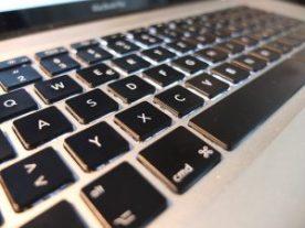 macbook-pro-338619_640