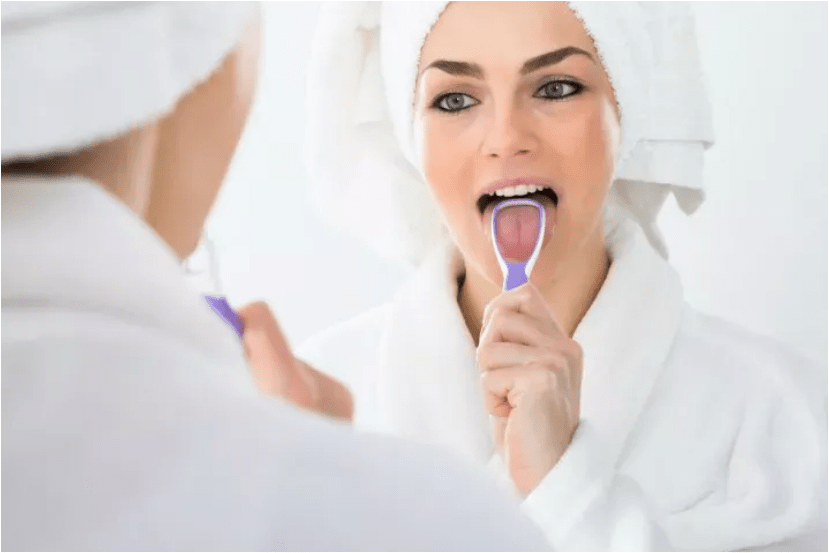 How to clean the tongue? Benefits of tongue cleaning