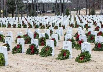 Wreaths Across America Ceremony 2015