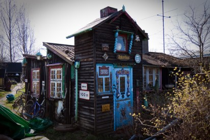 Very well decorated little shed / cottages on an Allotment site in Denmark