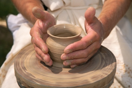 Discipleship Devotional Study Guide - Identity - Like Clay In The Hand Of The Potter - Jeremiah 18-1-6 - Growing As Disciples