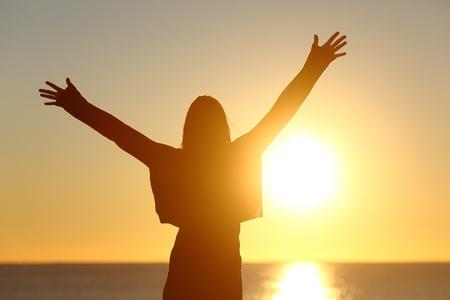 Discipleship Devotional Study Guide - Be - Matthew 5:14-16 - A Light - Growing As Disciples
