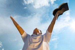 Discipleship Devotional Study Guide - Spiritual Warfare - Ephesians 6:18-20 - Keep On Praying - Growing As Disciples