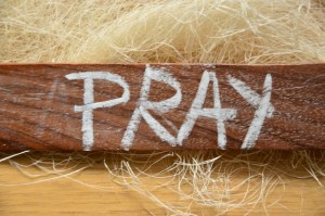 The Prayer Filled Life - Day 76 - Ephesians 3-14-19 - For This Reason I Kneel - Growing As Disciples