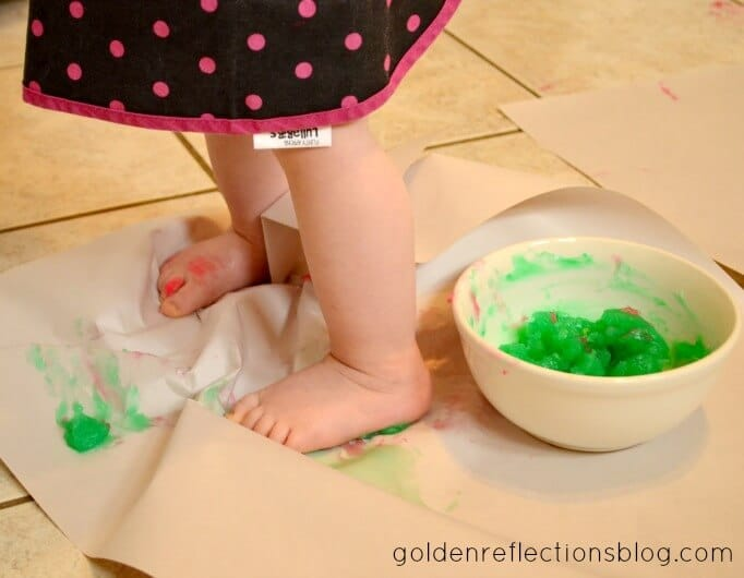Peppermint Scented Finger Paint 2
