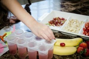 making fruit pops