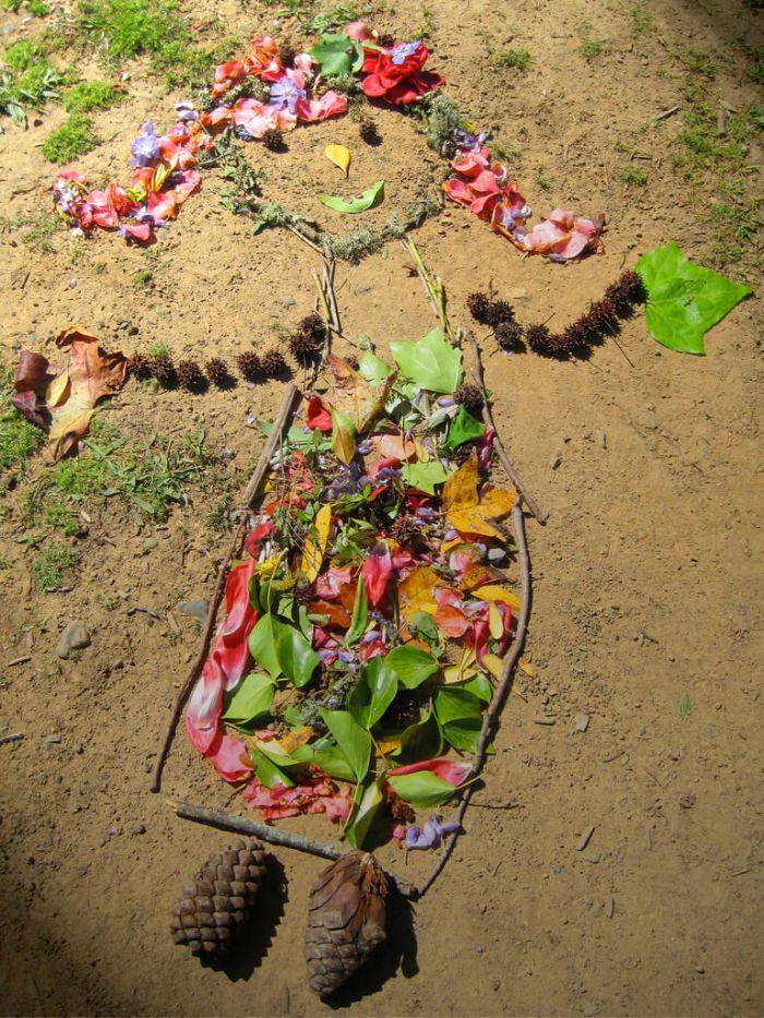 Land art a wonderful activity for autumn outdoors