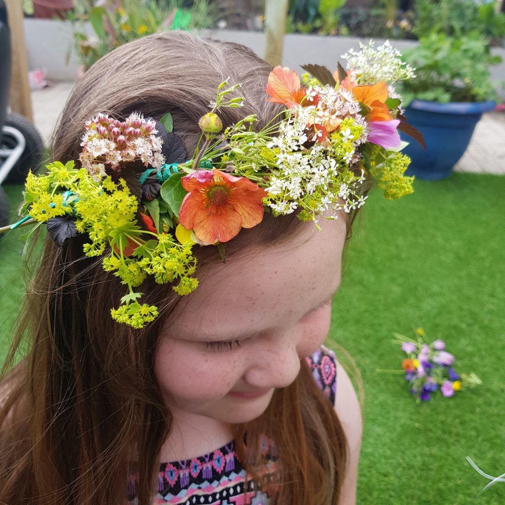 Flower crowns are a fun, simple and beautuful craft to try with your kids using flowers from your garden.