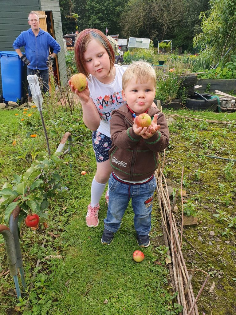 kids can help you find time to garden together