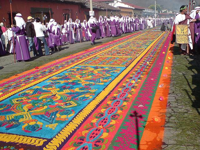 saw dust carpet Holy week Guatemala