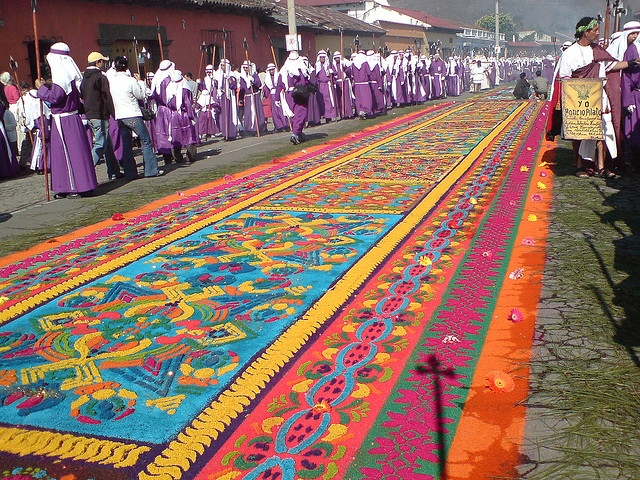 saw dust carpet Holy week Guatemala