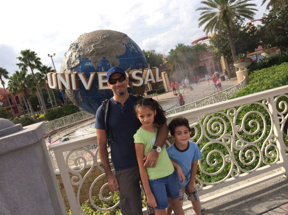 family at Universal Orlando