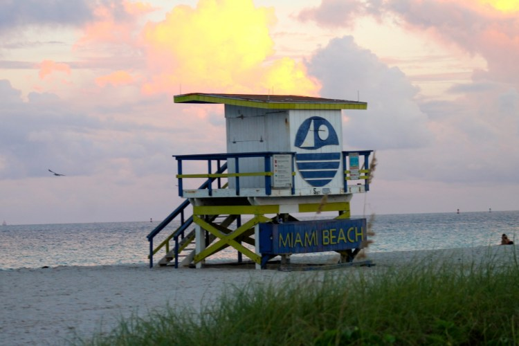 Miami-Beach-lifeguard-towers
