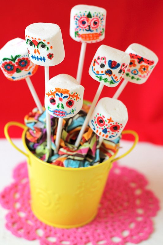Day of the Dead marshmallow skulls