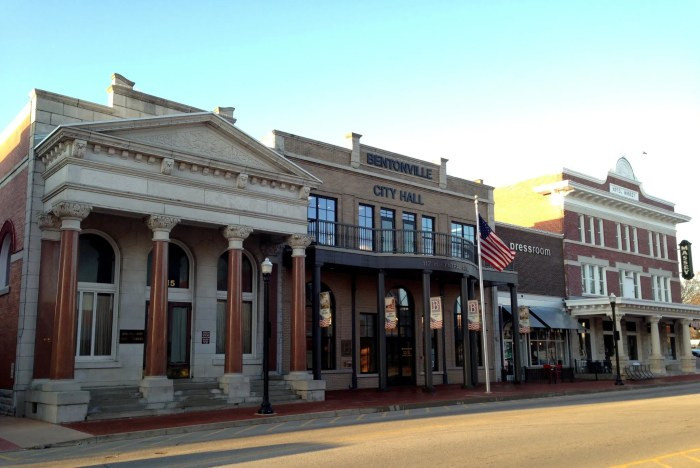 Bentonville Arkansas downtown
