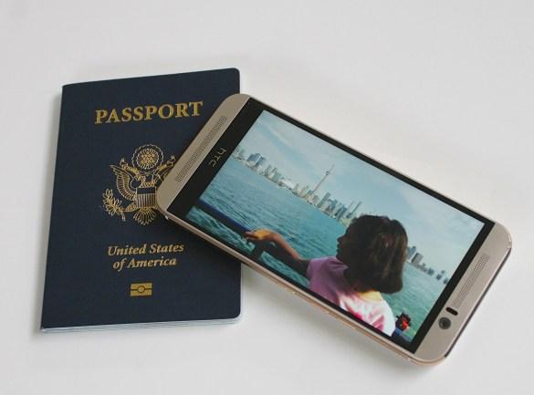 passport and Toronto skylin
