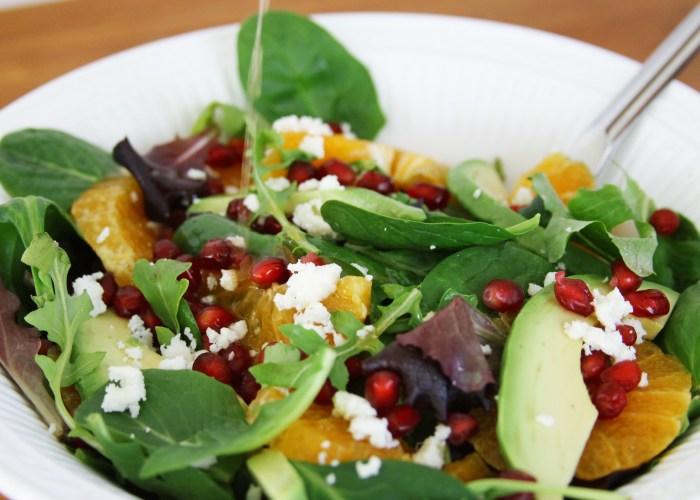 Avocado and Tangerine Salad with Spicy Vinaigrette