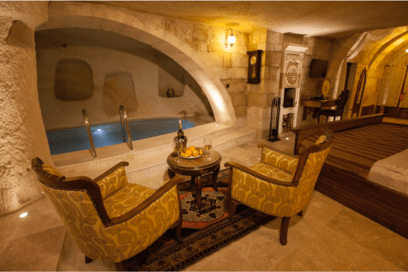 Majestic Cave & Pool suite at Kayakapi Premium Caves