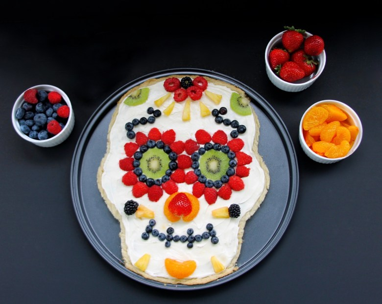 Healthier Day Of The Dead Sugar Skull Fruit Pizza