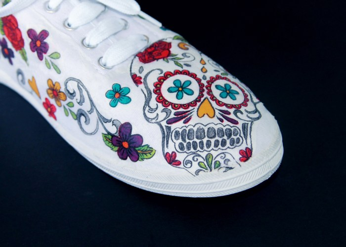 DIY Day of the Dead Shoes Tutorial