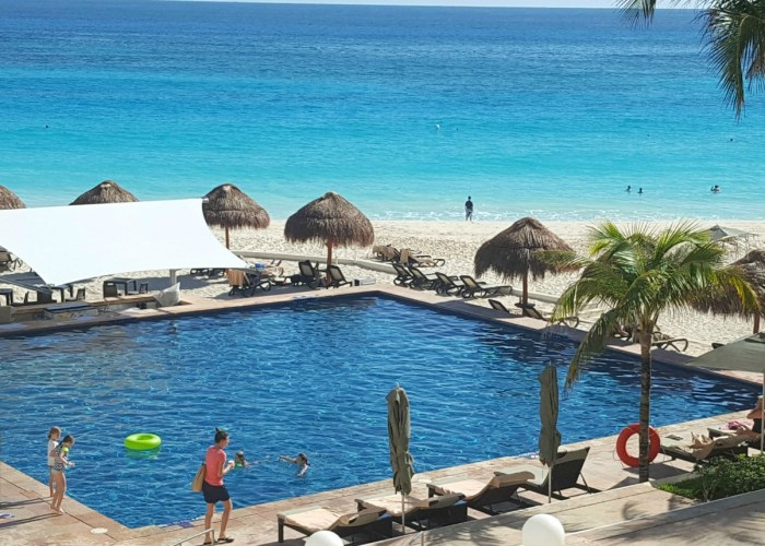 Top Five Reasons To Stay At The Westin Cancun Resort and Spa