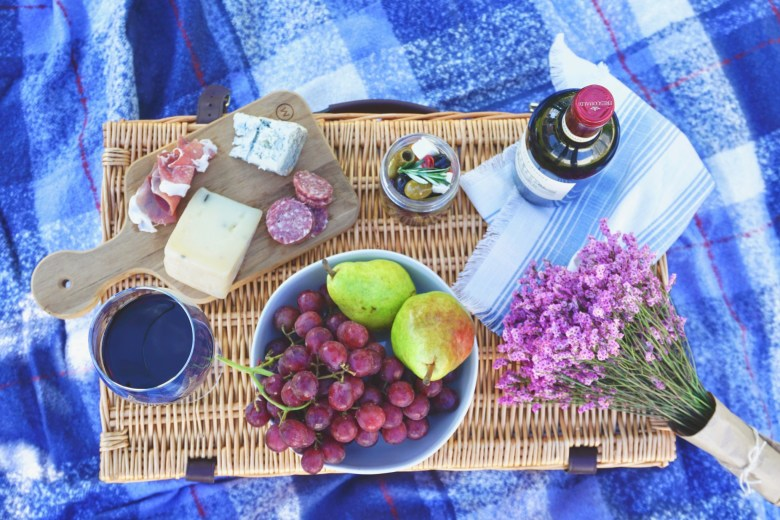 Italian Picnic Ideas and Wine Pairings