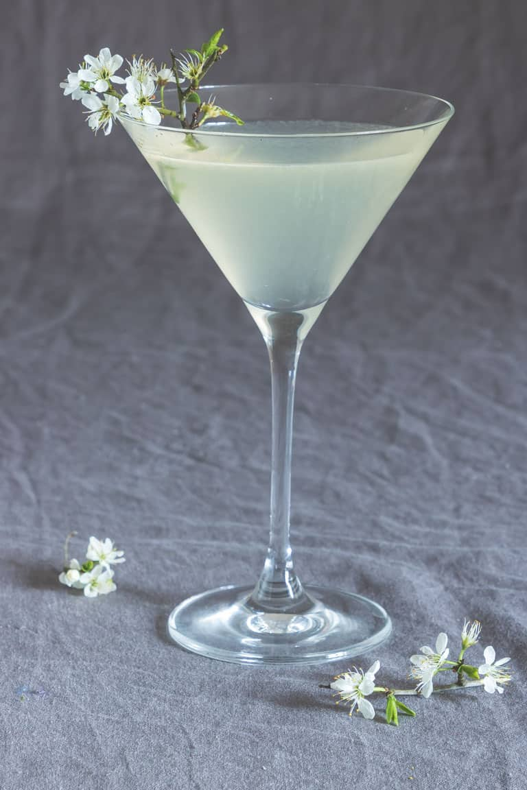 lemon drop martini and other favorite Easter cocktails