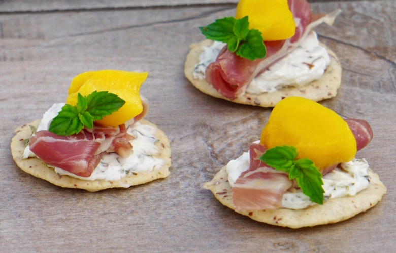 Easy gluten-free summer appetizers, cracker toppings