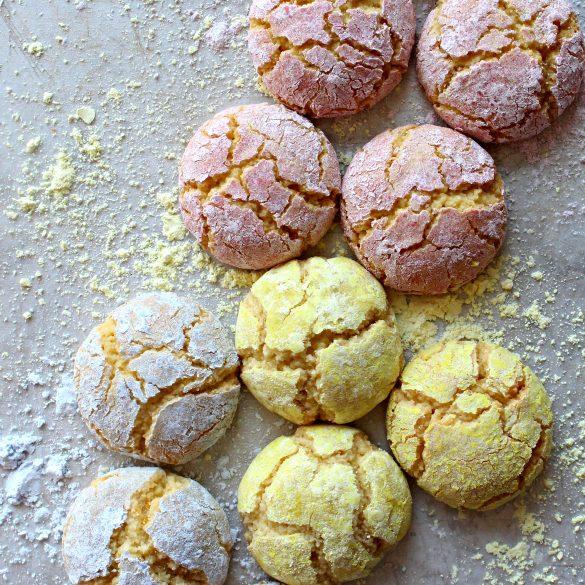 Flourless soft almont cookies