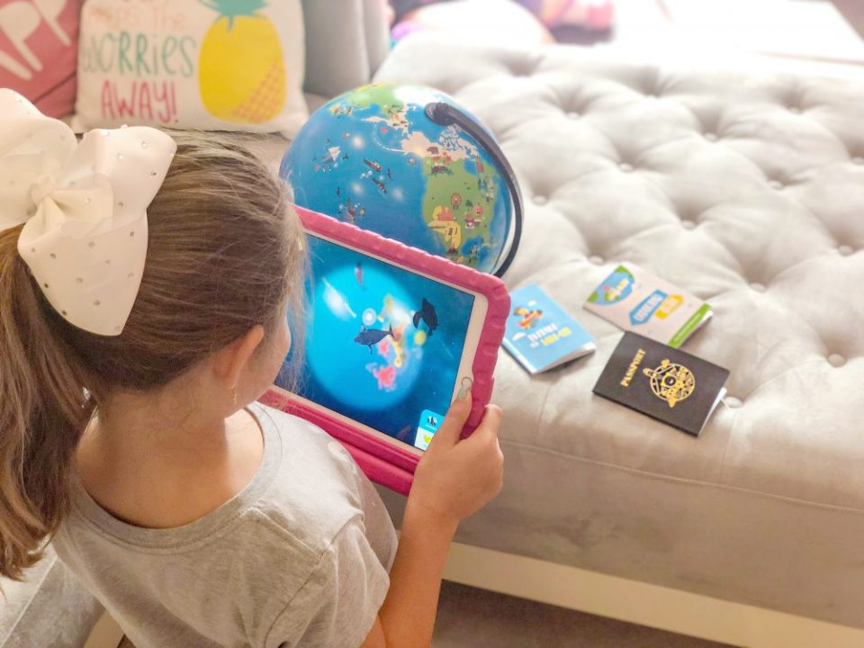 Shifu, Orboot, Educational toy, Augmented Reality Based Globe, gift idea for kids, STEM toy, Learning Toy, Growing Up Glad, 2018, best, mom blog, mommy blog, parenting blog, family blog, family blogger, smart globe, toy review, globe,