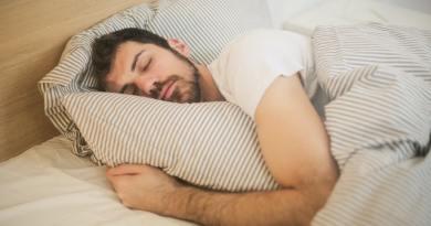 7 Sleeping Tips For Human Height Growth
