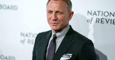 How Tall is Daniel Craig