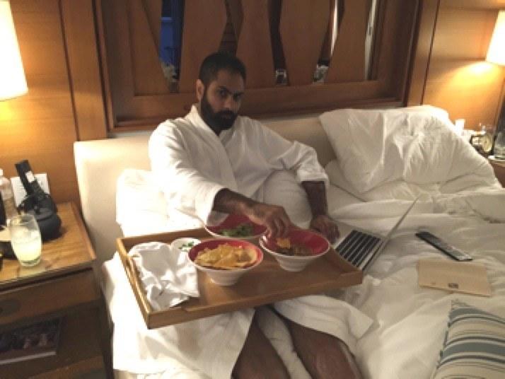 Anche quando sono andato in vacanza a Puerto Rico, il mio business online ha continuato a generare entrate.