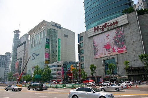 dongdaemun-shopping, things to see in seoul, cool things to do in seoul, seoul trip planning, shopping in seoul