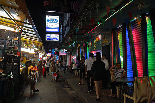 bangkok-bars, bangkok bars, patpong sex bars, shopping in bangkok, night markets in bangkok