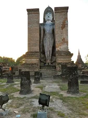 Sukhothai standing buddha
