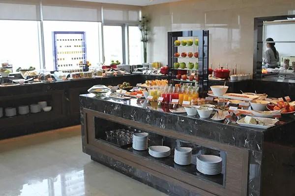 Executive dining at Amari Hotel Bangkok, best hotels in bangkok