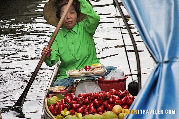 floating markets in thailand, popular floating markets in thailand
