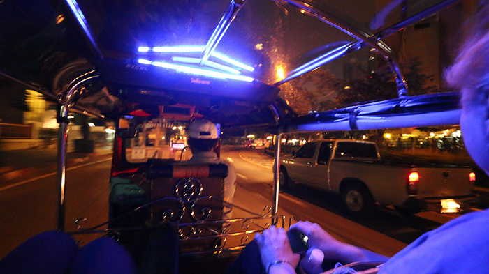 Expique Tuk Tuk Tour 2, city tour of bangkok, bangkok city tour, bangkok night tour,