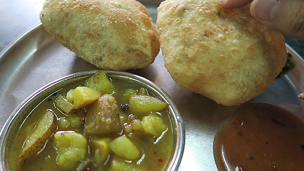 Kachoori Sabzi, top indian foods, india street foods,