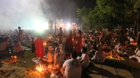 Vegetarian Festival crowd, phuket vegetarian festival, vegetarian festival thailand, vegetarian festival, best festivals in thailand, top festivals in thailand