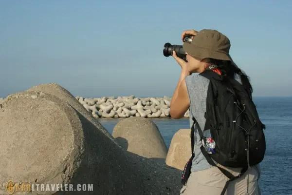 grrrltraveler, christine kaaloa camera operator, solo female travel blogger, solo female travel tips
