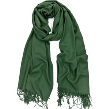pashmina scarf, top travel beauty products
