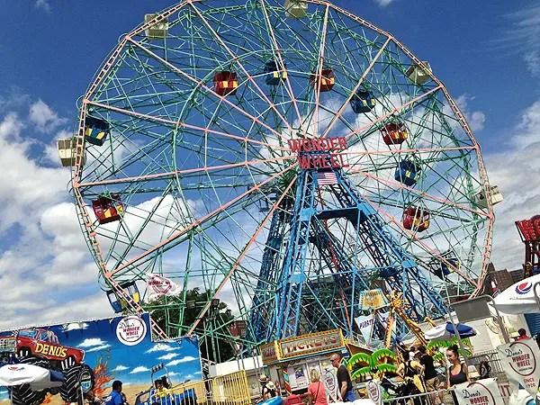 wonder wheel, wonder wheel amusement park, top attractions at Coney Island