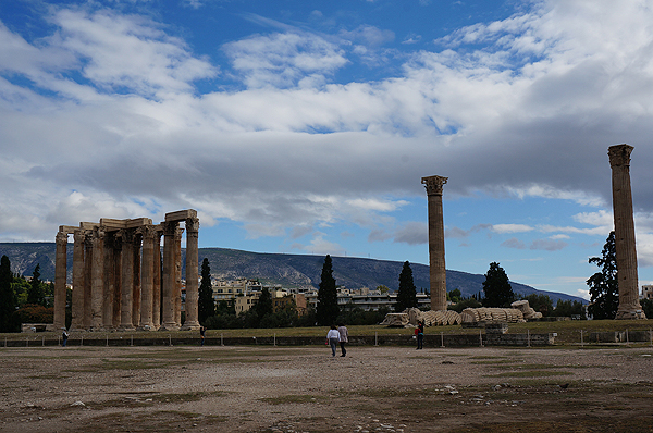 best things to do in athens, athens travel guide, temple of olympian zeus