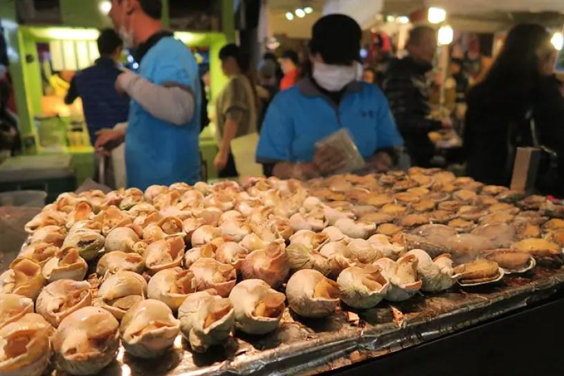 Roahe Night Market, taiwanese street food
