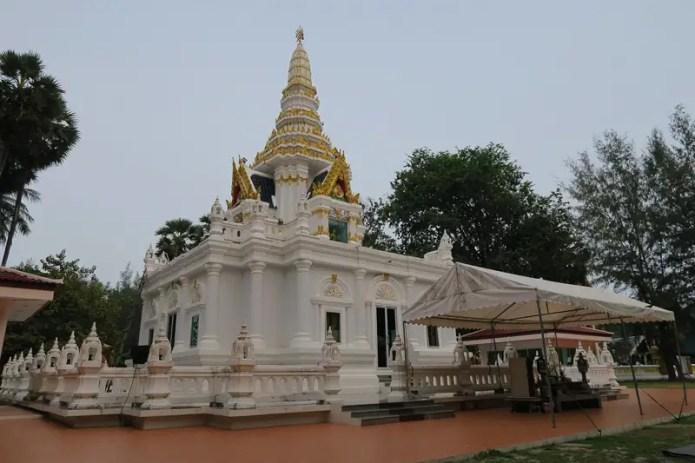 Nai Harn Buddhist Monastery, Phuket travel guide